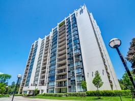 2 BED/2 BATH PENTHOUSE CONDO IN BRONTE!