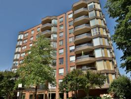 2 BEDROOM CONDO IN THE ARBORETUM IN GLEN ABBEY!!