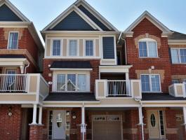 3 BEDROOM TOWNHOME FOR LEASE IN MILTON!