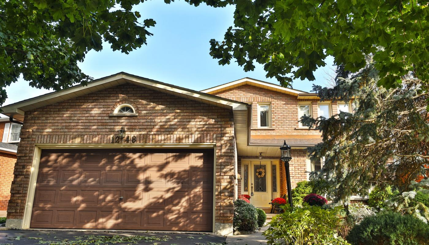 JUST SOLD IN GLEN ABBEY!